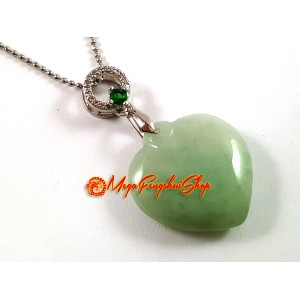 High Grade Jade Peach Heart Shape Crystal Pendant