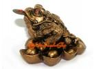Prosperity Money Frog on Gold Ingots