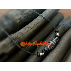 Tibetan Dzi Bead with Adjustable Necklace