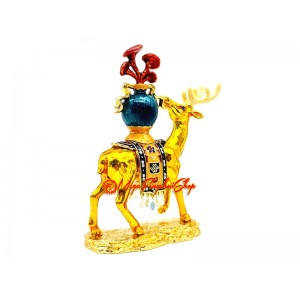 Healing Deer Carrying The Vase Of Longevity With Lingzhi